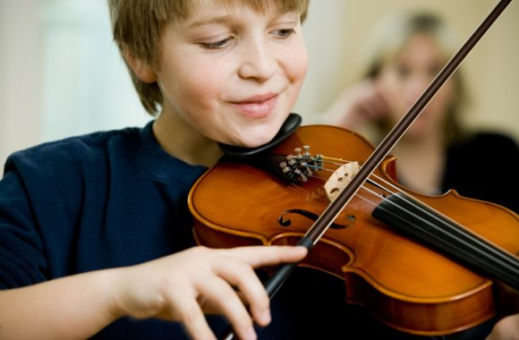 learning children to play percussion instruments essay How learning a musical instrument affects the development of skills i adrian hille a,b,⁄, jürgen schupp a,c a german institute for economic research (diw berlin.