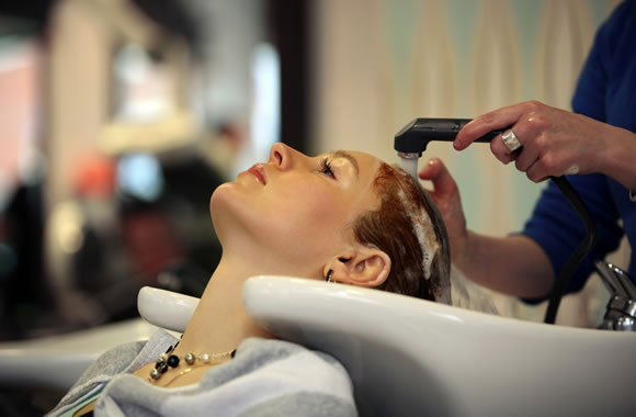 Cosmetology School Closes Leaving Students in the Lurch